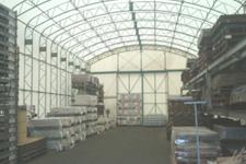 有限会社日向設備鋼業 テント倉庫内部
